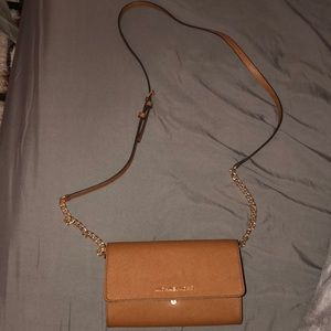 •AUTHENTIC MK SIDE BAG•[NWOT]